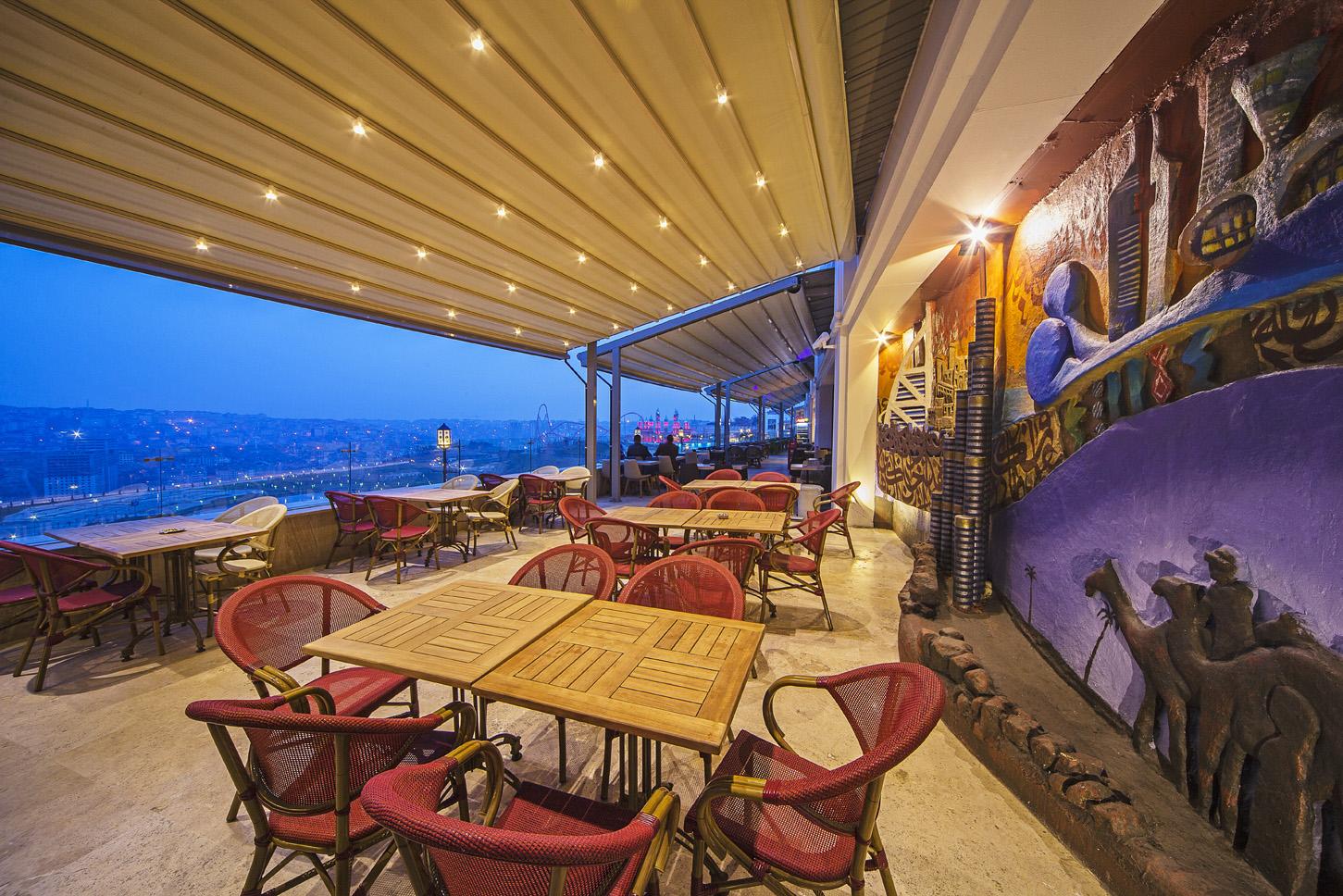 التراس-مطعم-ادرس-دبي