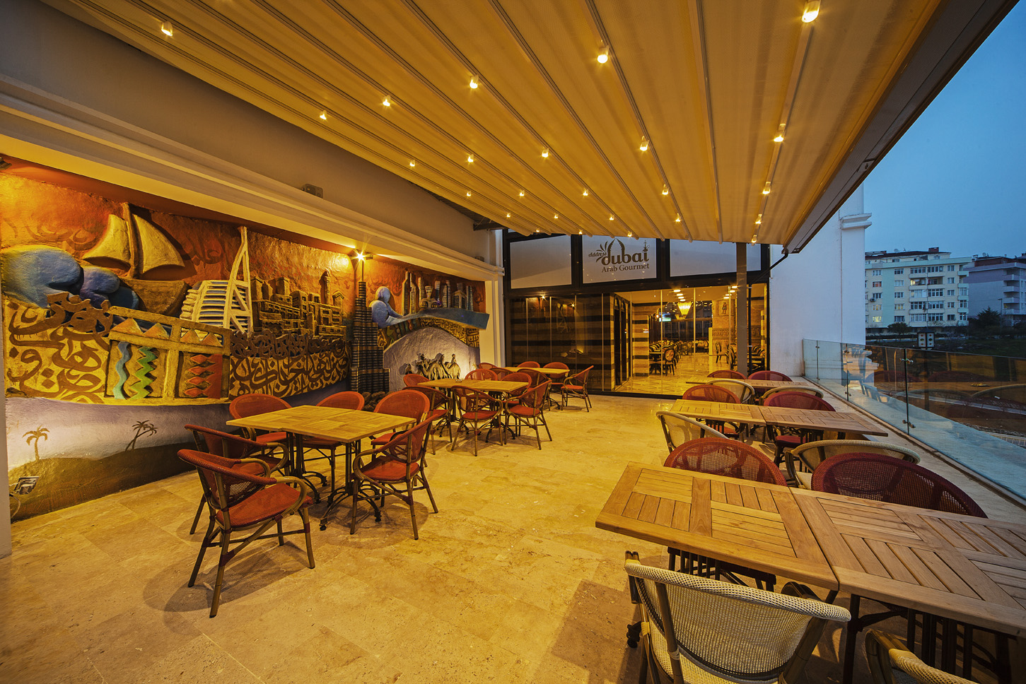 تراس-مطعم-ادرس-دبي